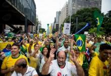 Protestos_de_15_de_março_de_2015_em_São_Paulo-2 (1)